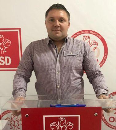 Adrian Butunoi (PSD): Vasile Borha, directorul operațional al Companiei de Apă, nu mai are dreptul moral de a deţine funcţii publice