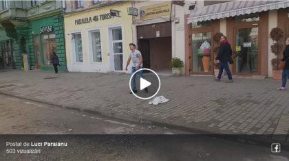 IMAGINILE ZILEI, în Arad! Ce a făcut un tânăr în centrul oraşului (VIDEO)