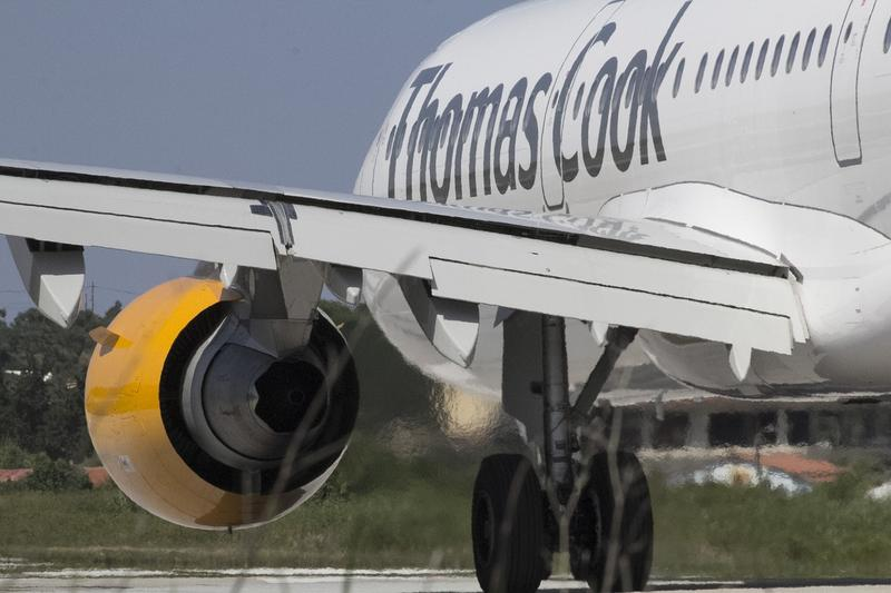 Și Thomas Cook Deutschland a intrat în insolvență. Zeci de mii de turiști afectați, vacanțe blocate însă și sprijin financiar de la statul german