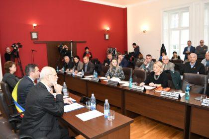 Consilierii locali SUNT DE ACORD cu alocarea a peste 4 MILIONE DE EURO din bani publici pentru Stadionul UTA