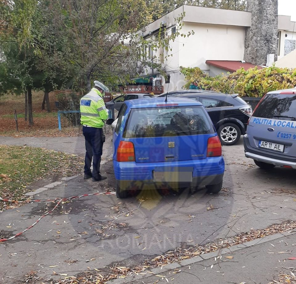 ZECI de amenzi pentru șoferii LIPSIȚI DE RESPECT, care parchează în aceste locuri (GALERIE FOTO)