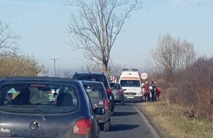 ACCIDENT GRAV pe un drum din județ! A intervenit de urgență AMBULANȚA