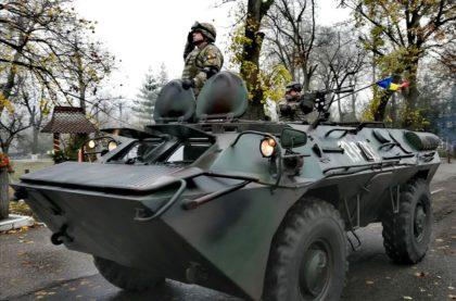 Arădenii invitați la parada militară de 1 Decembrie!