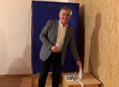 Deputatul Eusebiu Pistru a votat pentru viitorul copiilor