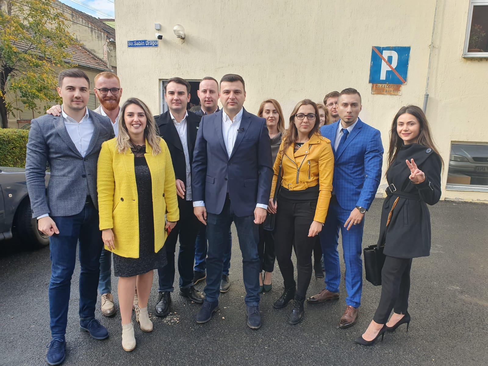 Sergiu Bîlcea a votat alături de tineri