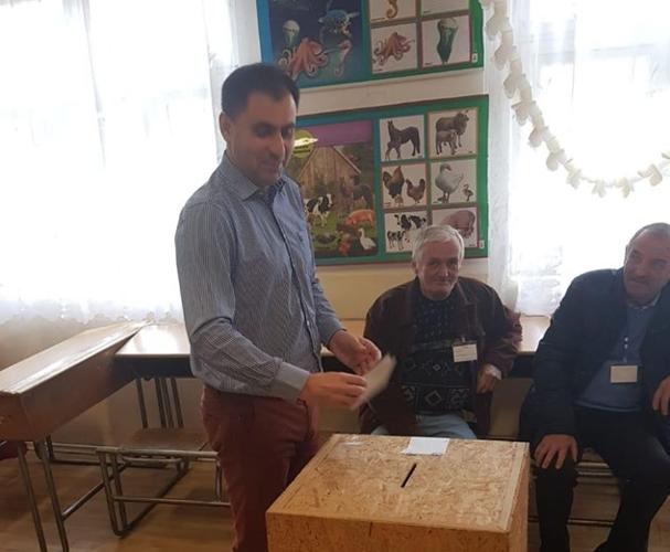 Senatorul Ioan Cristina a votat pentru normalitate