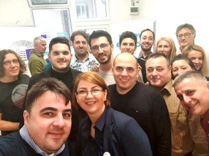 Europarlamentarul Vlad Botoş şi-a deschis birou la Deva (FOTO)