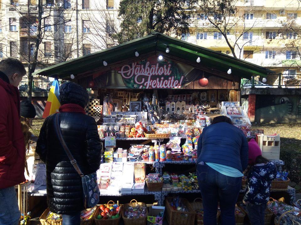 Ce puteți găsi anul acesta la TÂRGUL DE IARNĂ din Arad și la ce PREȚURI (GALERIE FOTO)