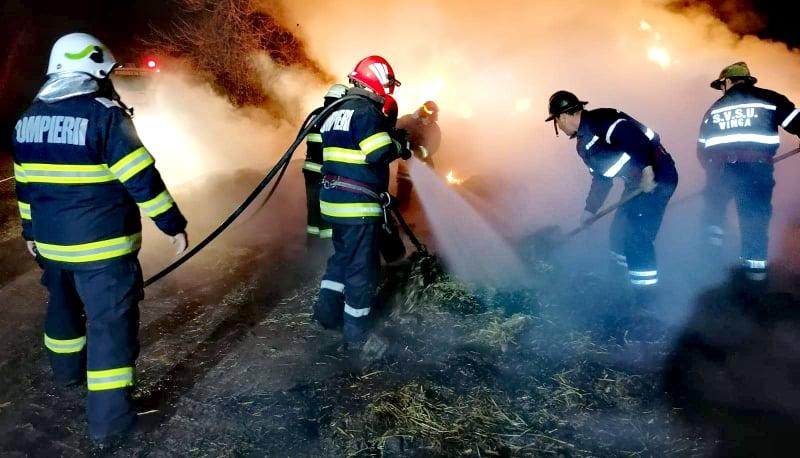 """Weekend """"DE FOC"""" pentru pompierii arădeni! Zeci de intervenții în municipiu și județ (GALERIE FOTO)"""