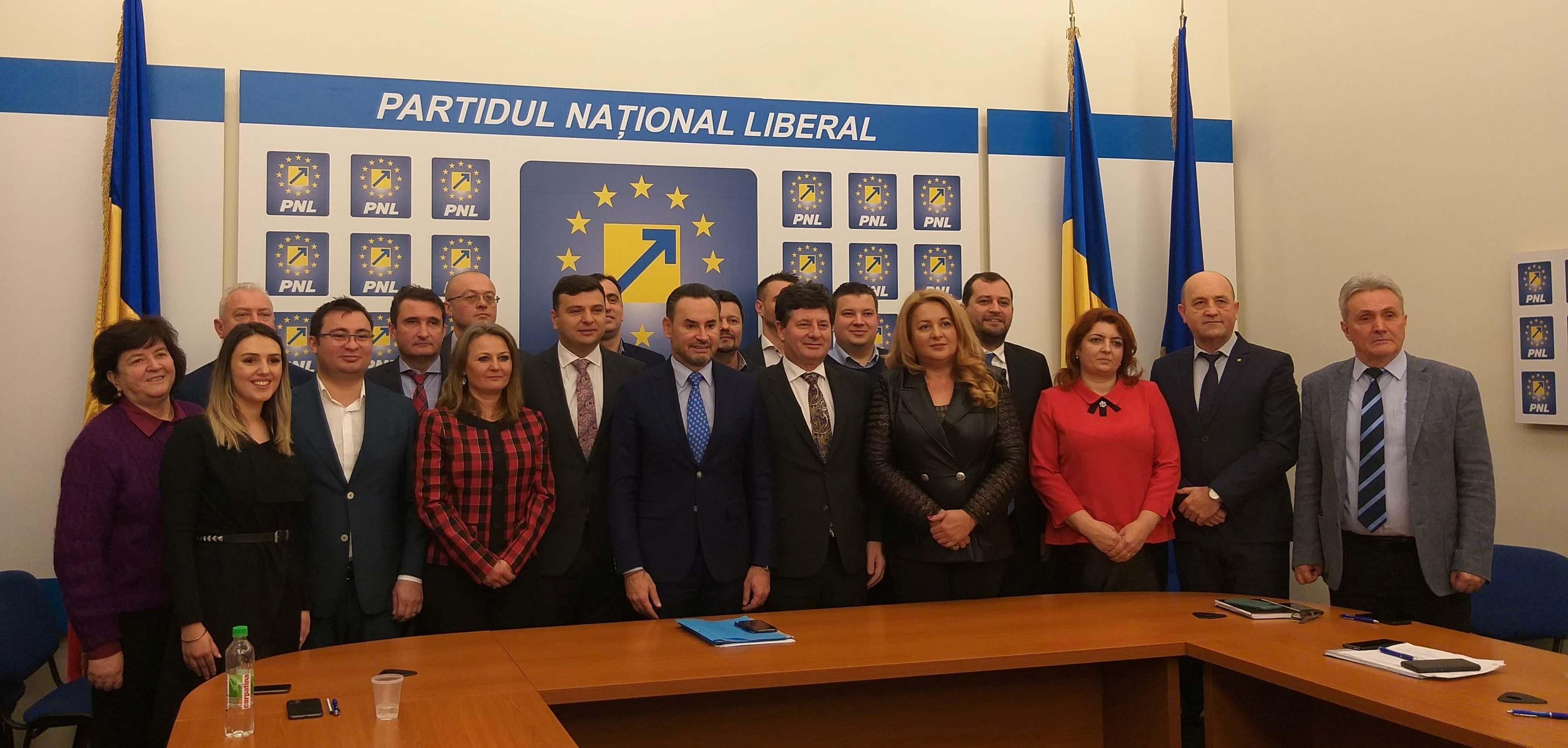 E OFICIAL! Cine sunt candidații pentru Primăria Aradului, Consiliul Județean și Parlament din partea PNL Arad