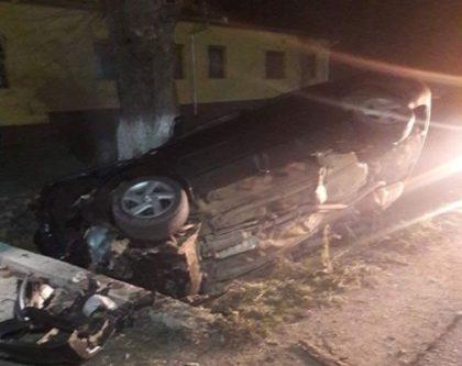 ACCIDENT: BOLID răsturnat în șanț, într-o localitate arădeană