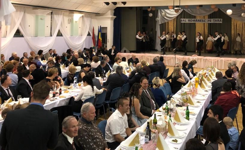 A început sezonul balurilor românești în Ungaria