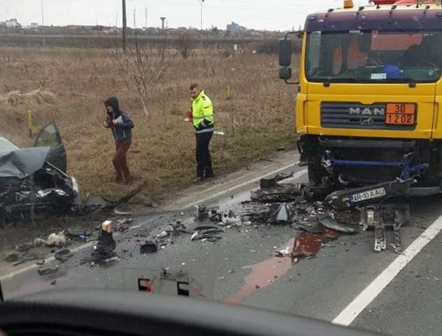 ACCIDENT în Municipiu! SMURD a intervenit de URGENȚĂ (GALERIE FOTO)