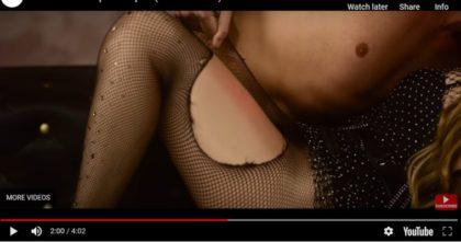 """VIDEO/ Videoclipul Loredanei Groza """"SEX PE CANAPEA"""" a fost RESTRICȚIONAT +18! Reacția artistei"""