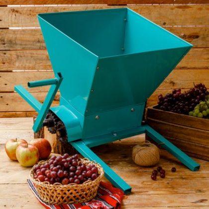 Storcătoarele de struguri, utile celor care vor să-și fabrice singuri vinul, acasă