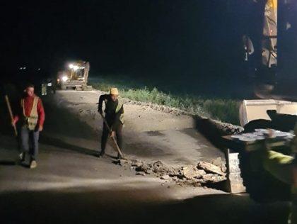 """Iustin Cionca: """"Pe drumul județean Pâncota – Târnova – Buteni s-a lucrat și noaptea"""""""