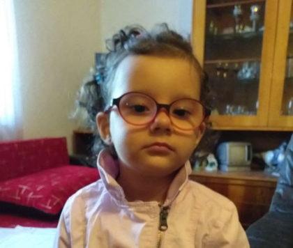 Campanie umanitară pentru salvarea vieții unei fetițe de 3 ani