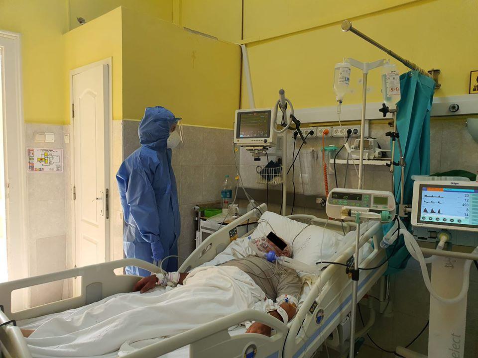 149 de pacienți internați pe secțiile COVID-19 ale Spitalului Județean Arad, dintre care 20 la Terapie Intensivă.
