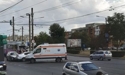 ACCIDENT la Polivalentă! A intervenit AMBULANȚA