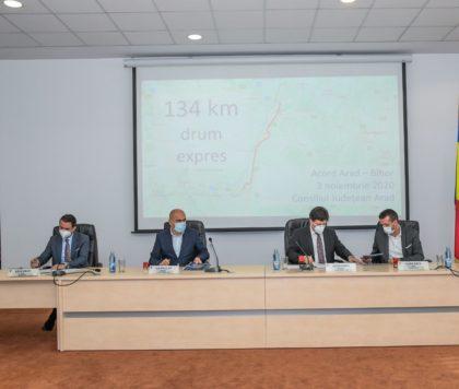 Primarul municipiului Oradea și președintele CJ Bihor, în vizită la Arad. Primul pas important pentru realizarea drumului expres Arad – Oradea a fost făcut