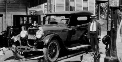 Cine a fost Peter John Lunati și care a fost contribuţia lui la industria auto?