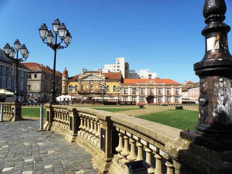 Chemnitz e confirmat drept Capitală Culturală Europeană în 2025, în ciuda unor suspiciuni de conflict de interese și afaceri de cumetrie, semnalate în presa germană și cu referire la Timișoara