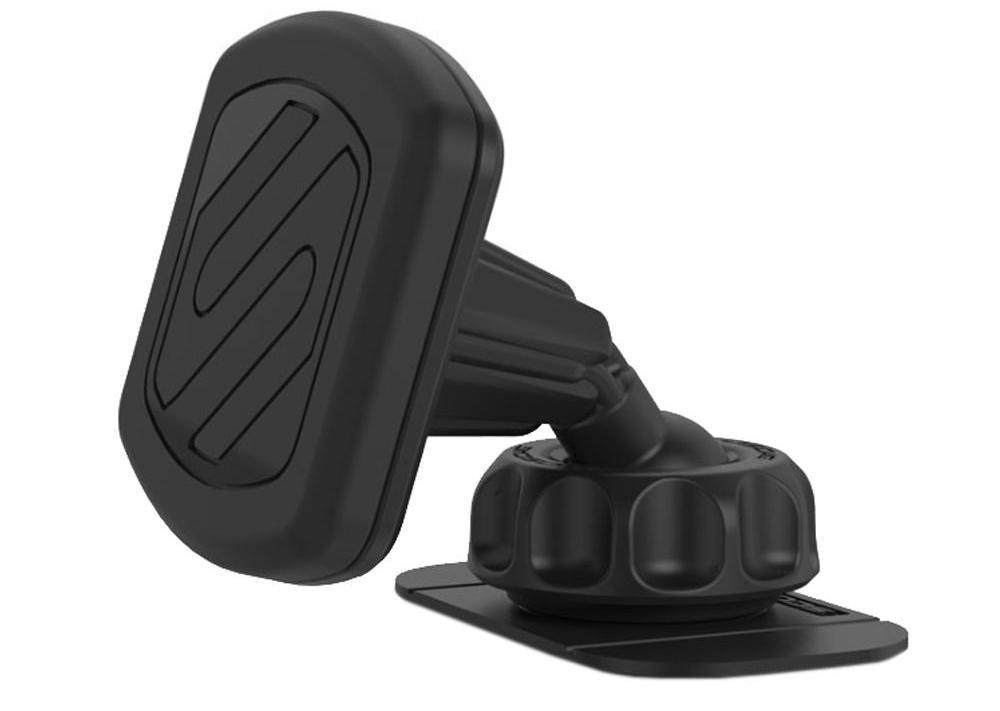 Un suport auto telefon şi un set de căşti wireless sunt accesorii necesare în maşină