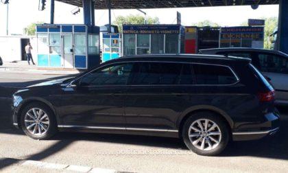 Autoturism căutat pentru a fi confiscat, descoperit de poliţiştii de frontieră la Nădlac